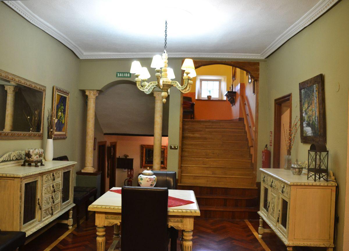 Salón casa rural Belascoáin